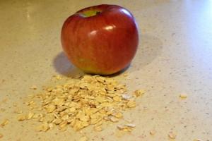 Zapiekana owsianka z jabłkami i cynamonem