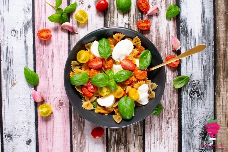 fit-szybki-makaron-na-diecie-z-mozzarella-wege-insulinooporność-dietetyk-w-10-minut-bez-mięsa
